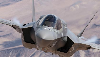 Updating software in flight? The Air Force may be close