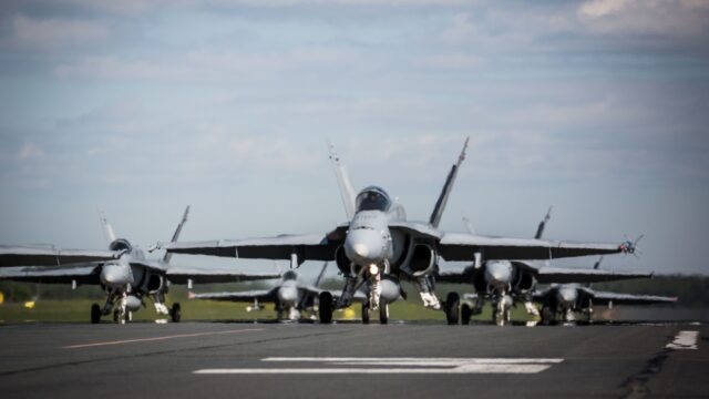 Finland boosts its fighter program by ruling out extending the life of its F-18