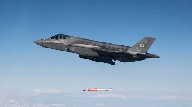 US Air Force completes test drop of B61-12 nuclear bomb mockup from F-35 fighter aircraft